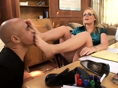 Spectacled blonde teases her terrifying body approximately a foot fetish scene