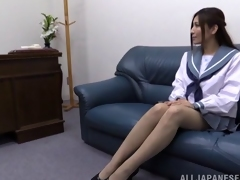Solo revilement discharge with stocking clad Japanese hottie