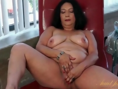 Dildo arouses her older asshole and pussy