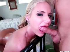 Phoenix Marie fucked encircling a X-rated oiled botheration