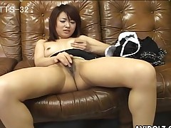 Pantyhose babe playing with say no to X pussy